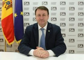 """Un deputat readuce în discuție """"Reforma administrativ-teritorială"""": Subsidiaritate, autonomie locală și descentralizare"""