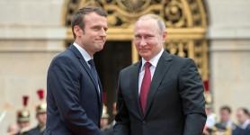 Putin i-ar fi spus lui Macron că Navalnîi s-a otrăvit singur cu noviciok