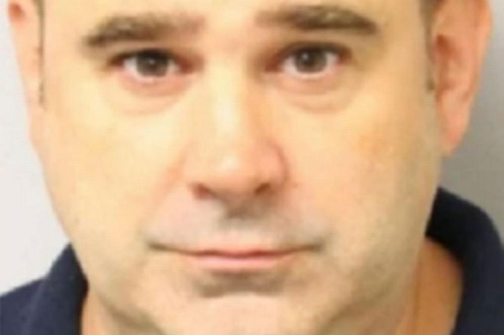 """Un tată şi-a ucis soţia apoi i-a spus fetiţei sale: """"A fost doar un coşmar"""". Câteva ore mai târziu bărbatul şi-a pus capăt zilelor"""