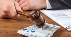 Un magistrat de la Judecătoria Chișinău prins în flagrant de Procurorii anticorupție