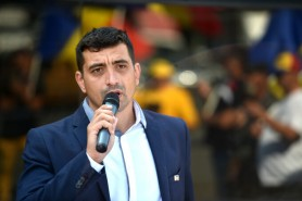 Deputatul român, George Simion a dormit în VAMĂ: Dacă trebuie, stau până în 2023 aici