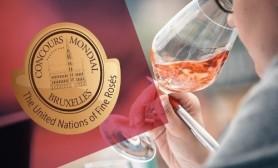 """Vinurile moldovenești câștigătoare la """"Concours Mondial de Rose"""". Ce preț au la noi"""