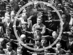FOTO // Omul care a refuzat să-l salute pe Hitler. Drama lui August Landmesser