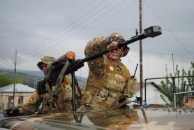 Se încing spiritele. Armenia a declarat stare de război și mobilizare generală după un conflict cu azerii