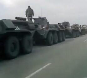 """Rusia își arată """"mușchii""""? Mii de soldați și armament rus la frontiera cu Ucraina"""
