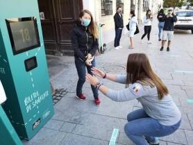 Cluj-Napoca: Biletul de Sănătate. Cu 20 de genuflexiuni îți cumperi bilet de transport