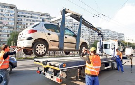 DOC // Câți bani vor fi obligațiți să achite șoferii al căror mașini parcate neregulamentar for fi evacuate de poliție