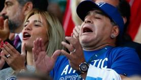 """Agentul lui Maradona susţine că ambulanţa a întârziat """"mai mult de o jumătate de oră, ceea ce a fost o idioţenie criminală"""""""