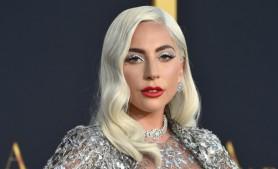 FOTO // De nerecunoscut: Cum arată Lady Gaga fără de machiajul EXTRAVAGANT