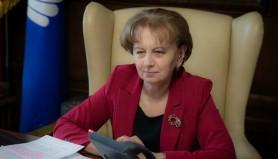Zinaida Greceanîi a primit răspunsul de la CE privind dizolvarea parlamentului și îl va remite Curții Constituționale