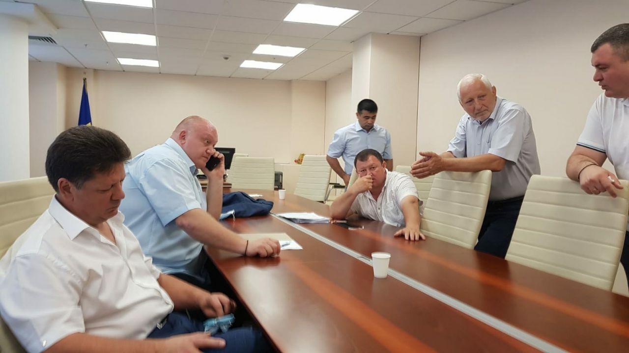 Breaking NEWS // Deputatul Ștefan Gațcan a părăsit Republica Moldova după ce socialiștii au făcut presiuni pe acesta