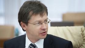 Veaceslav Negruța: Ce nu-i așa cu creditul pentru Dodon și rectificarea bugetului de stat?
