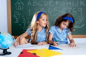 O țară europeană va amenda părinții dacă nu-și vor trimite copiii la școală în septembrie