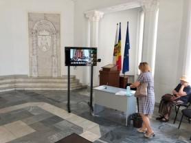 (FOTO) Sistem în regim de testare în Primăria capitalei. Termoscaner la intrarea în clădire